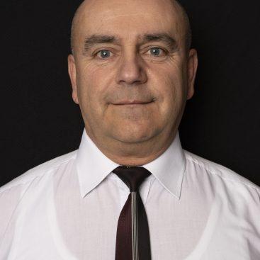 Kisfügedi János szakoktató és iskolavezető - Kisfügedi Autósiskola